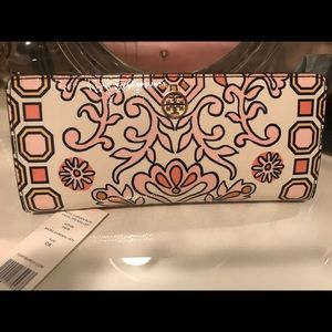 Tory Burch Hicks garden slim envelope wallet